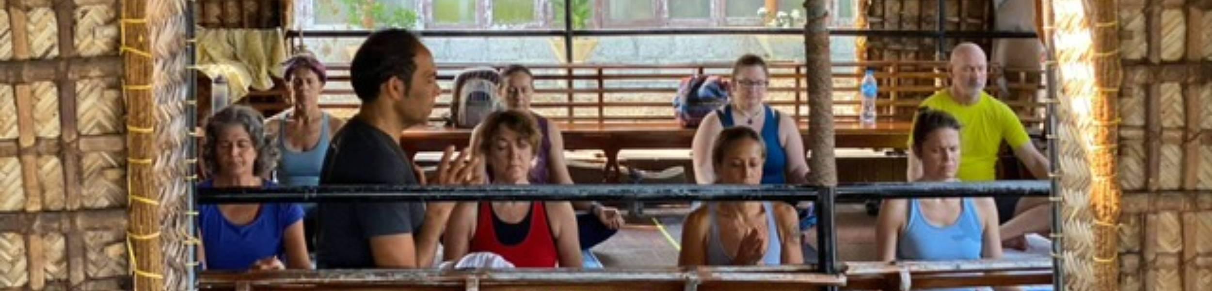 Boat-yoga (1)